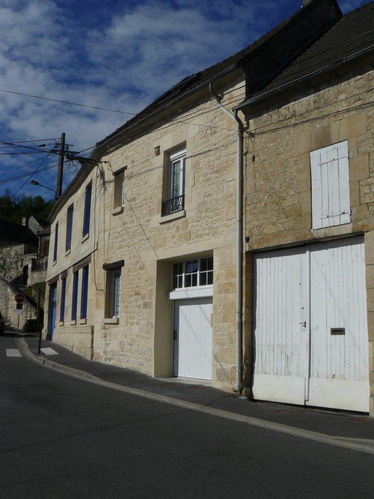 Ravalement façade en pierre Cramoisy Cofapi