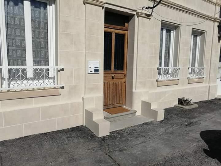 Cofapi Clermont Oise ravalement aspect pierre de travertin (4)