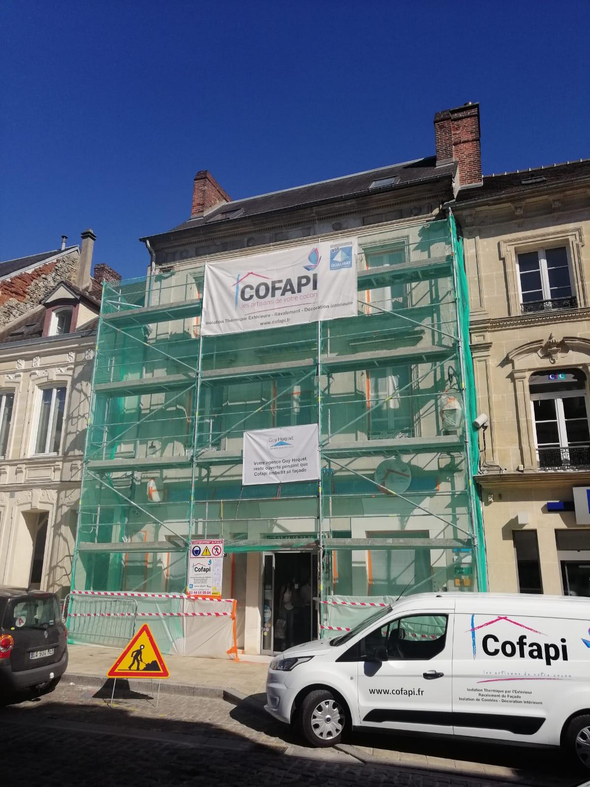 Cofapi pendant les travaux de ravalement sur l'Agence Guy Hoquet de Clermont oise (1)